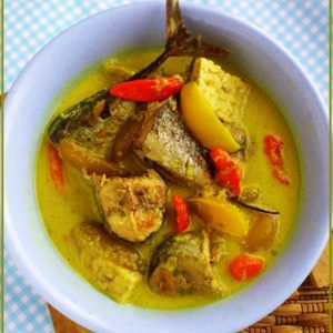 Resep Cara Memasak Ikan Tongkol Bumbu Kuning Enak Spesial