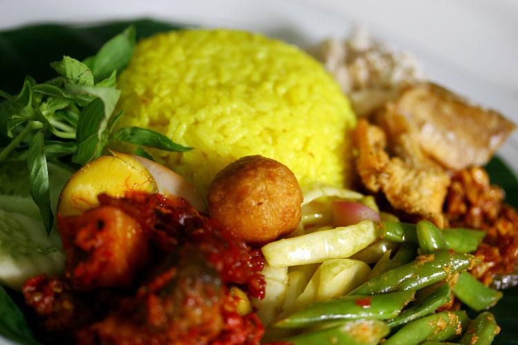 Resep Cara Membuat Nasi Kuning Spesial Lezat
