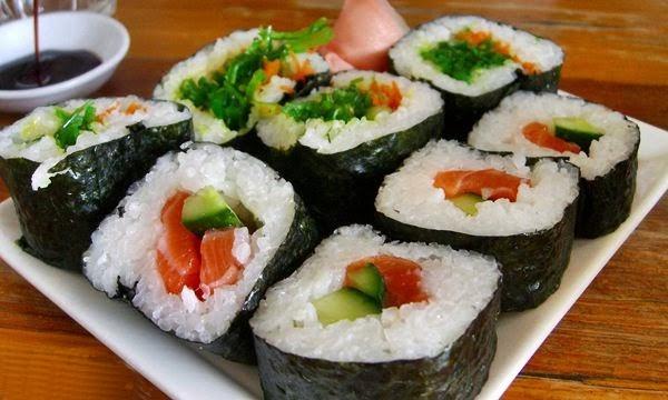 Resep Mudah Membuat Kuliner Sushi Jepang