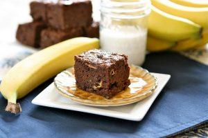 Resep Spesial Brownies Pisang Kismis Manis Lembut