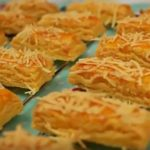 Resep Cara Buat Kue Kering Kastengel Keju Spesial Lebaran